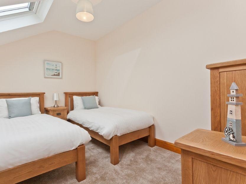 Pier & Tower Cottages Bedroom 1