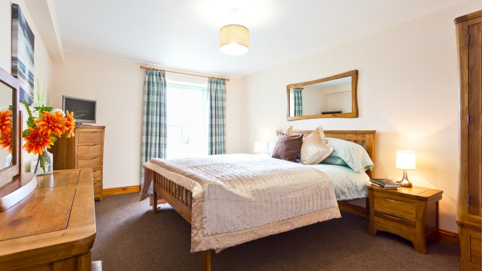 The Knott Bedroom 1