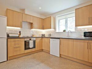 Pier & Tower Cottages kitchen 1