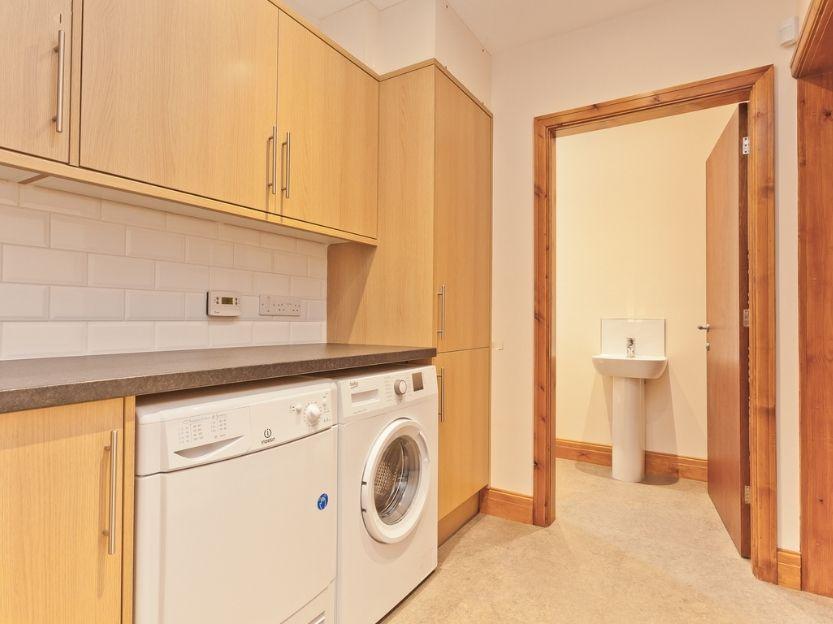 Pier & Tower Cottages kitchen 2