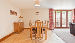 Hollins Cottage Dinning room